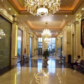 لابی ورودی رستوران تهران بین