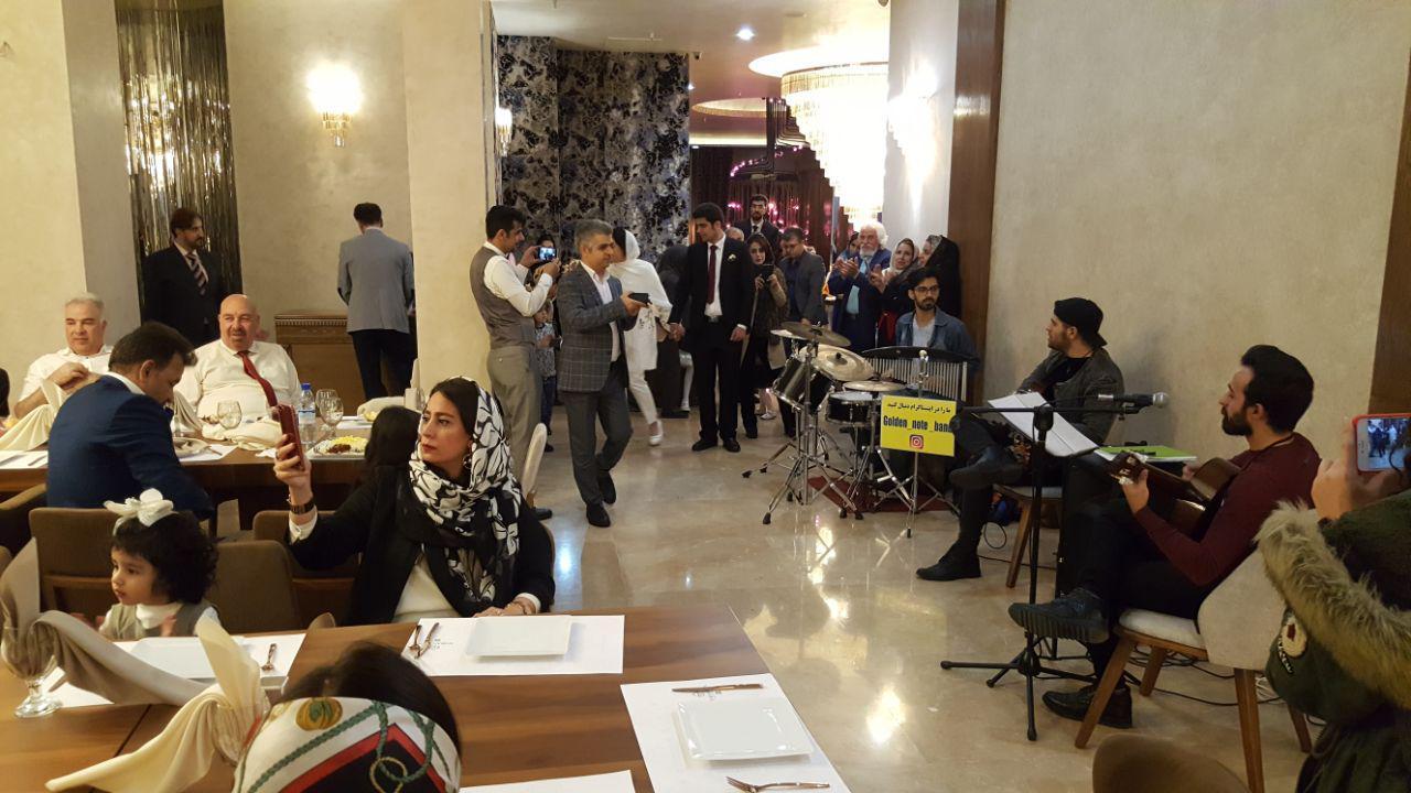 موسیقی زنده رستوران سعادت آباد